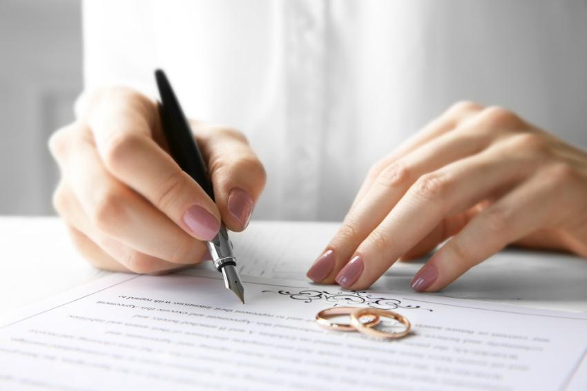 Ggf. sollte über einen Ehevertrag nachgedacht werden