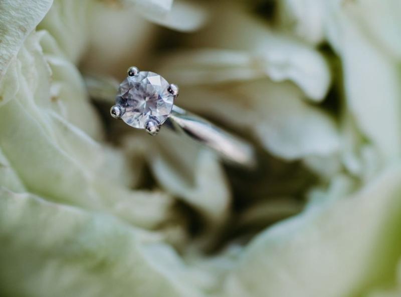 verlobungsring-maja-0-2-ct-aus-weissgold-diamant
