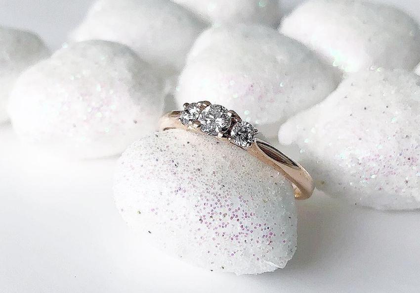 Wunderschöner Verlobungsring in Rosé-Gold mit Diamanten