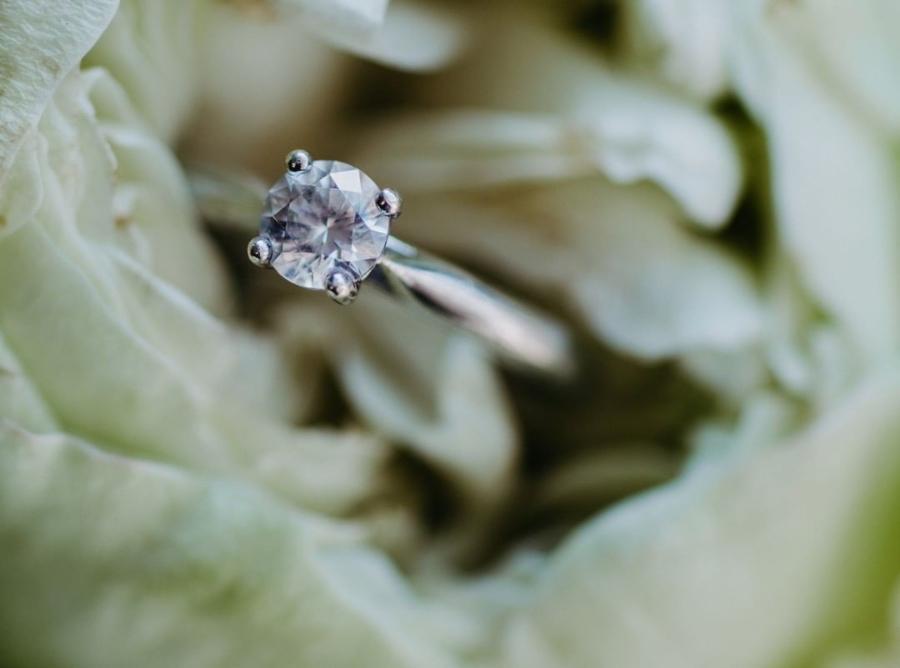 verlobungsring-maja-0-25-ct-aus-weissgold-diamant
