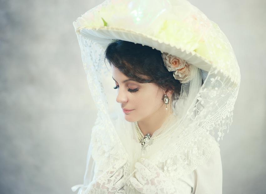 Viktorianische Hochzeit - Braut mit