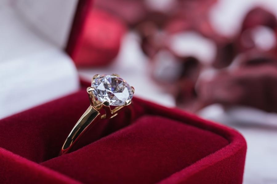 verlobungsring-originalbox-diamanten