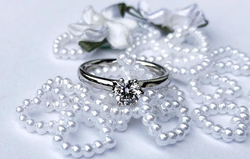 Ringe mit echten Diamanten