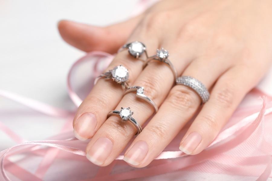 verlobungsringe-fassungen-welche-ringfassungen-gibt-es