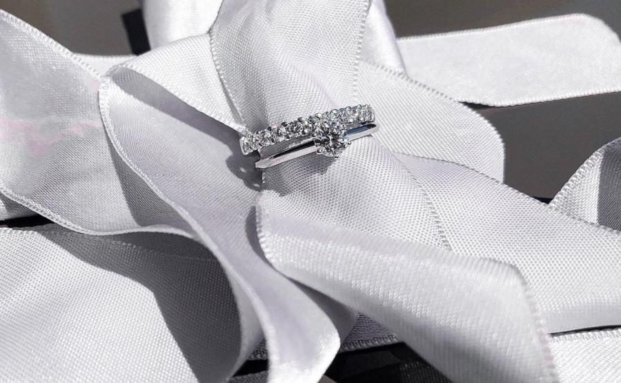 Memoire Ring in 950 Platin und Verlobungsring mit 0,5 ct auch in 950 Platin