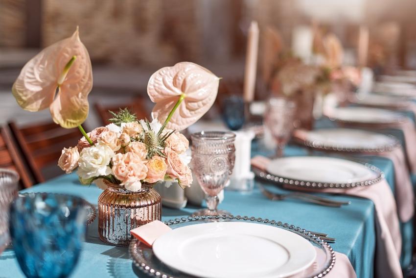 Tischdekoration auf einer Hochzeit