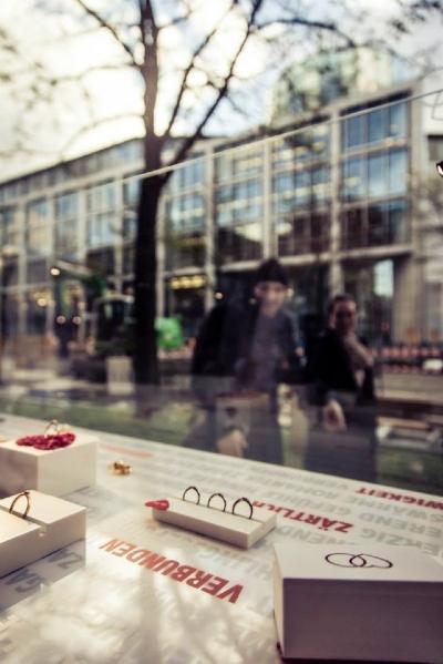 Schaufensterauslage von Verlobungsring.de
