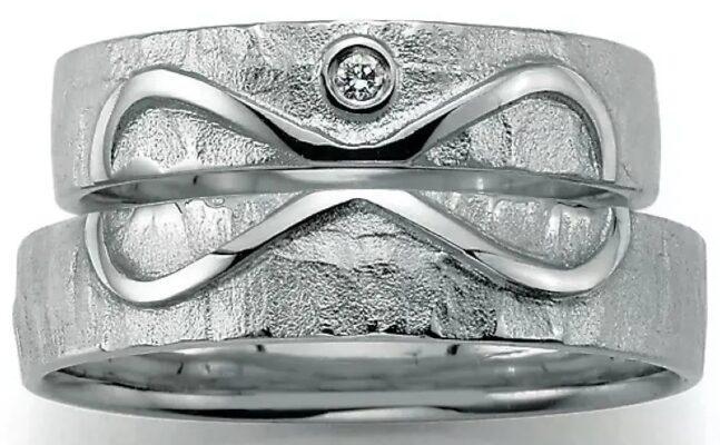 Endless Love Partnerringe aus 925 Silber mit Diamant (0,025 ct.)
