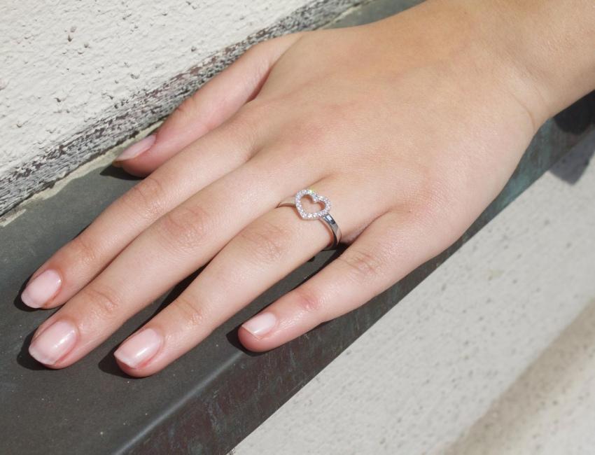 Ring mit Herzdiamant - angesagte Ringe