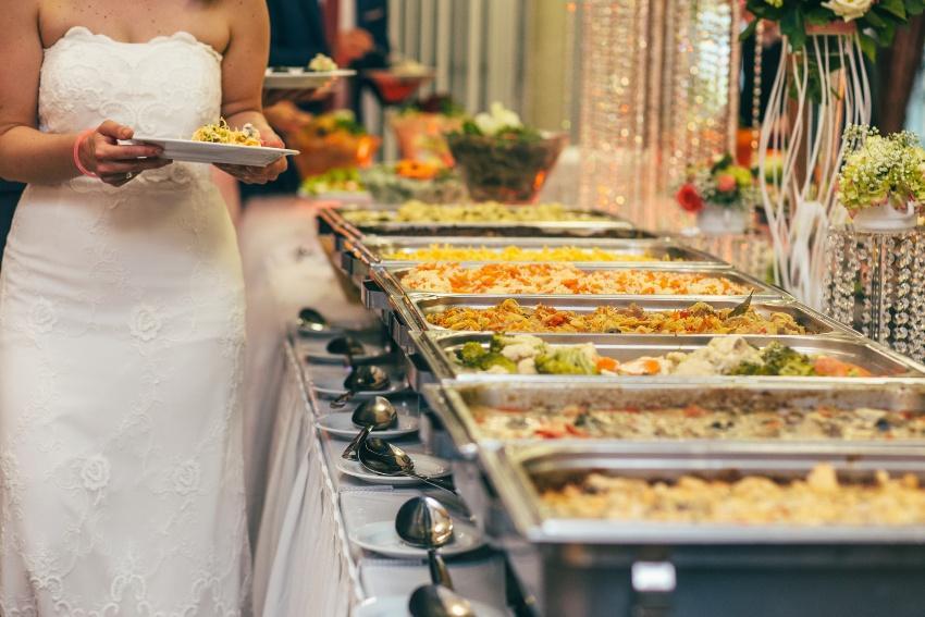Hauptspeisen für das Hochzeitsbuffet