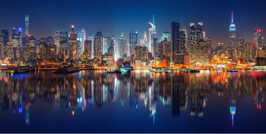 Heiratsantrag in New York - Stadt bei Nacht