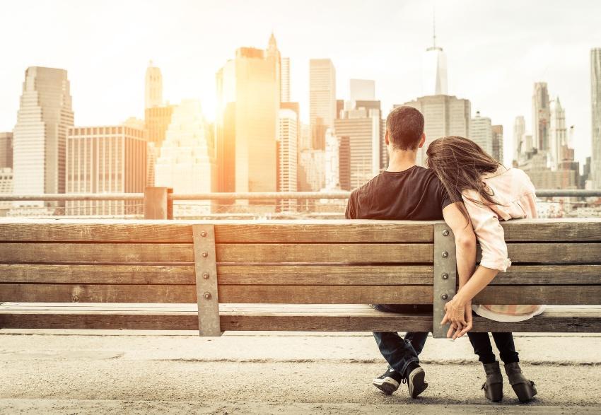 Heiratsantrag in New York - ungestörtes Paar