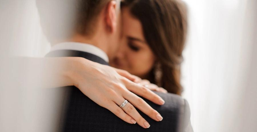 Entdecken Sie Verlobungsringe
