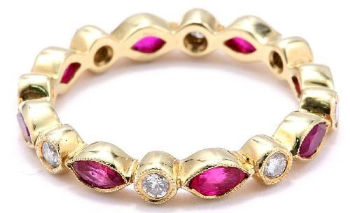 Millgriff-Ring mit Rubinen und Diamanten