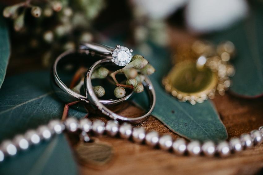 Klassische Verlobungsringe