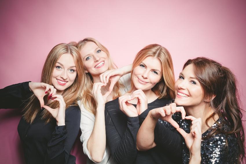 Vier Freundinnen - Heiratsantrag im Escape Room