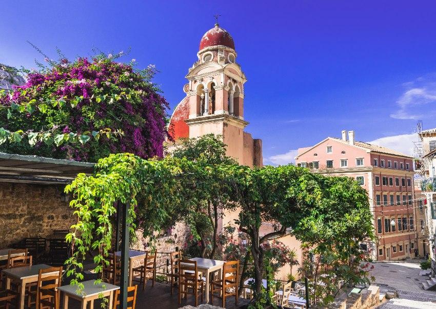Korfu Stadt - Heiratsantrag in Griechenland