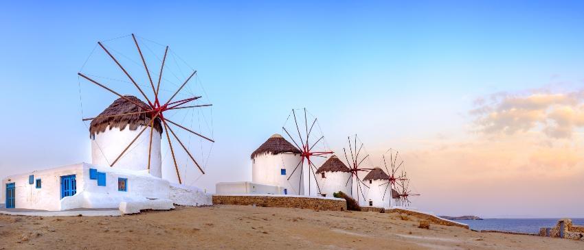 Windmühlen auf Mykonos - Heiratsantrag in Griechenland