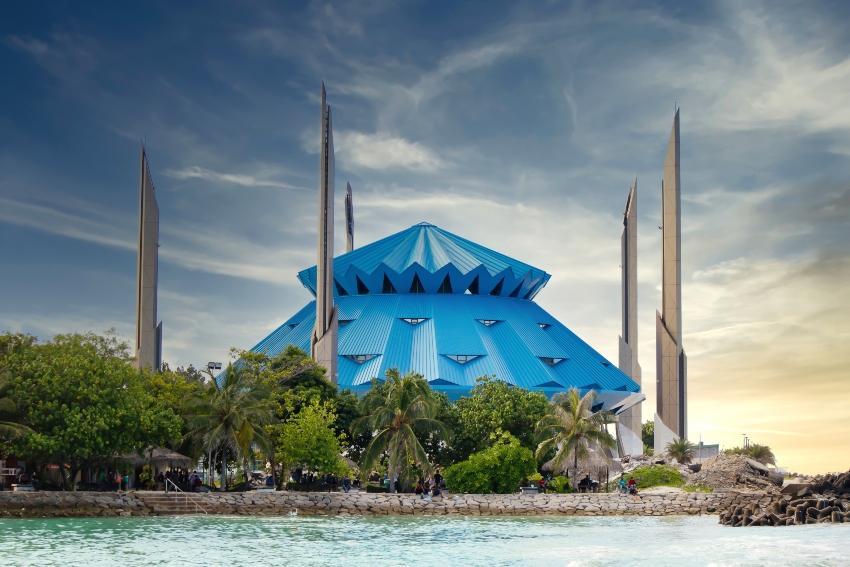 Die König Salman Moschee in Malé / Malediven